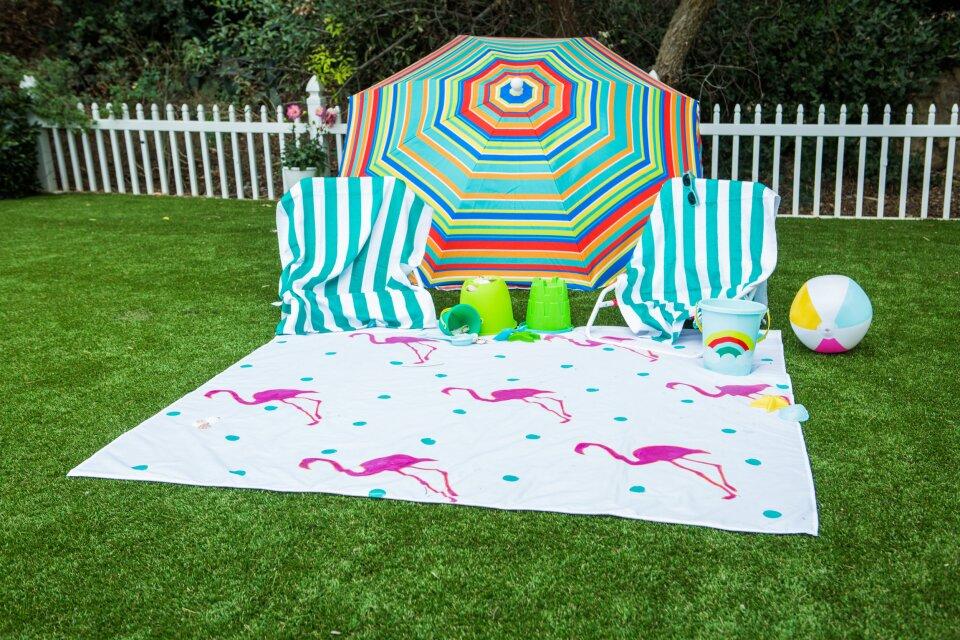 DIY Waterproof Beach Blanket