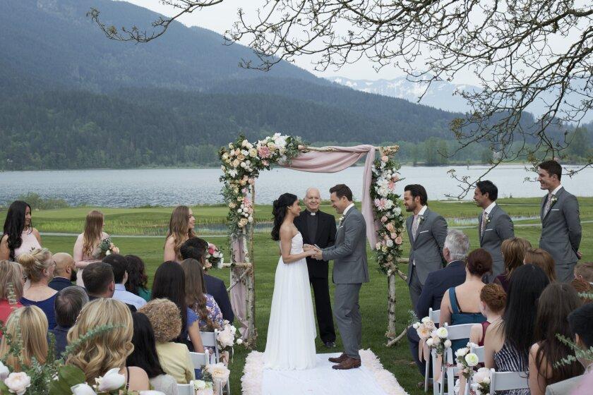 WeddingMarch5_MyBoyfriendsBack_0428_CB_RT.jpg