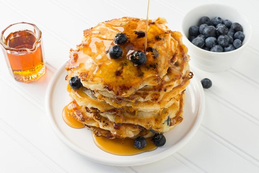LoveOnLocation-recipe-pancakes-1000x667.jpg