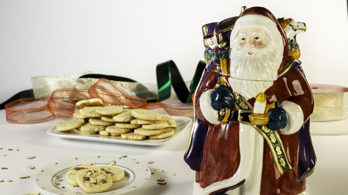 Almond Butter Cookies.jpg