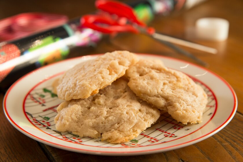 Christmas Pear Drop Cookies