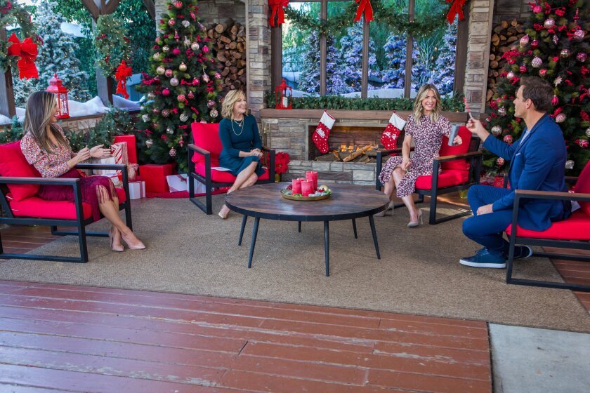 Home and Family 9053 Final Photo Assets