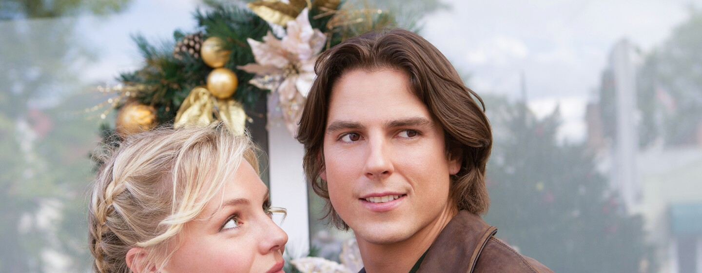 Preview - Christmas with Holly