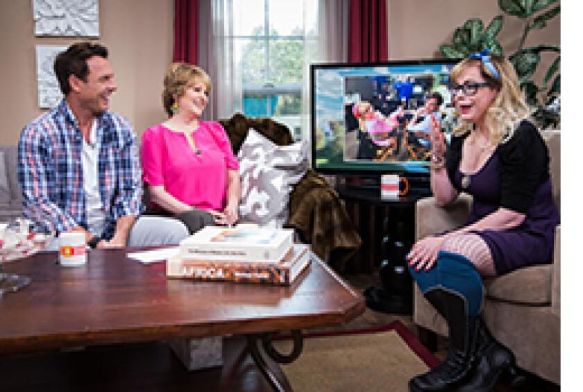 Image: http://images.crownmediadev.com/episodes/Medias/RichText/H&F-Ep1134-segment-kirsten-vangsness-.jpg