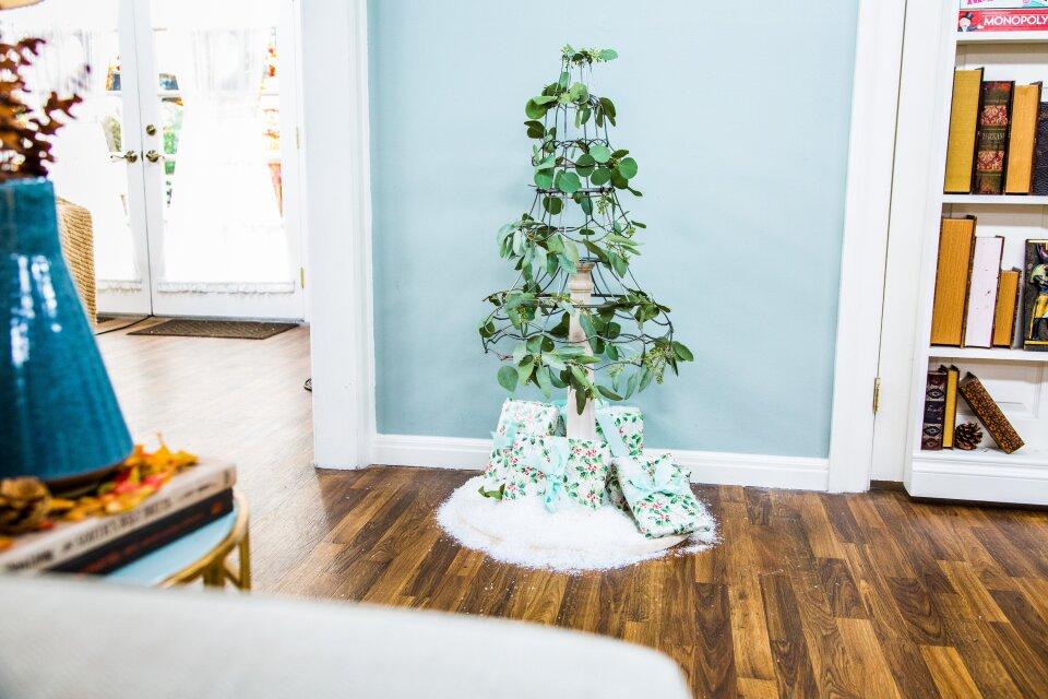 DIY Lampshade Christmas Tree