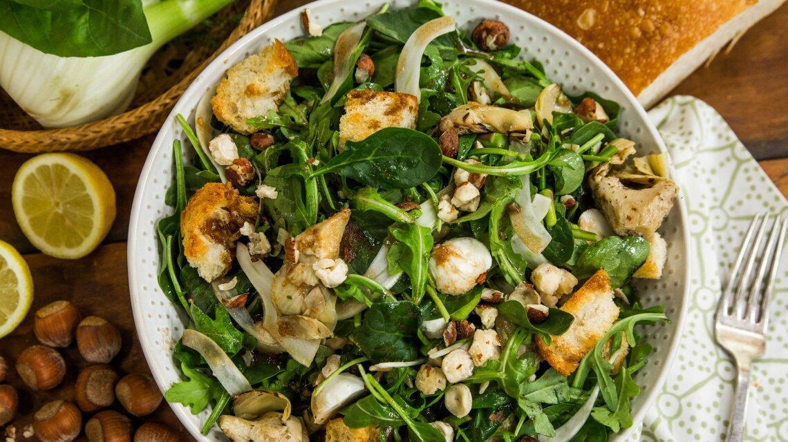 Spring Vegetable Panzanella Salad