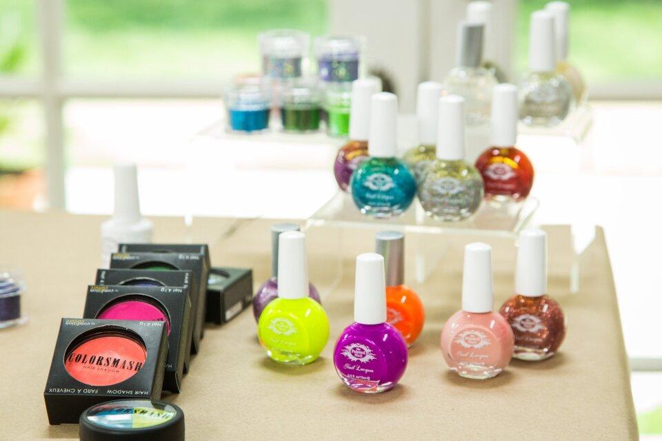 hf4190-product-nails.jpg