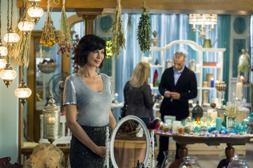Goodwitch_2_EP_203_1380r.jpg