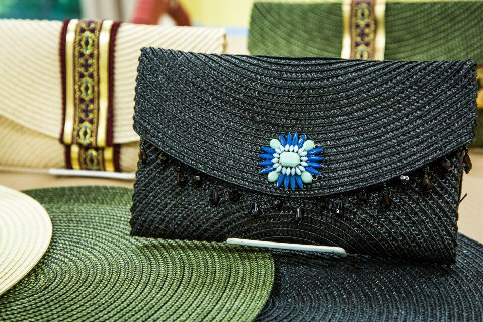 hf5005-product-purse.jpg