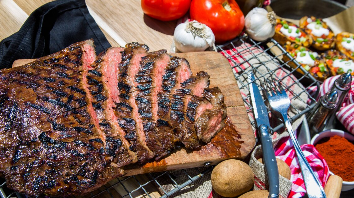 hf6195-product-steak.jpg