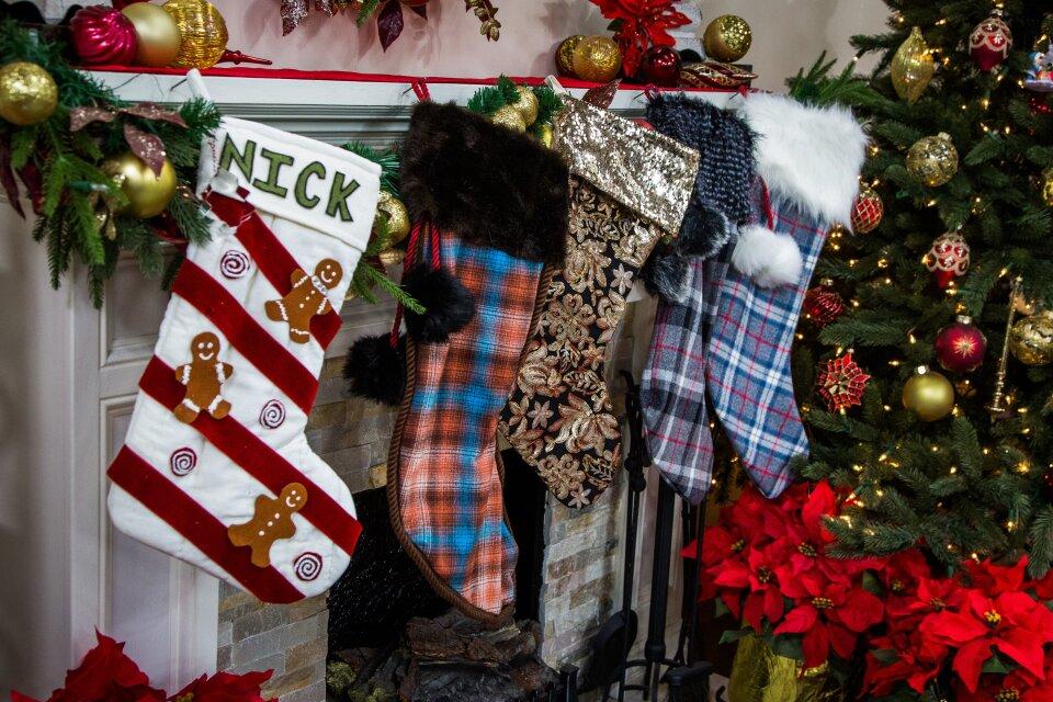 hf6210-product-stockings.jpg