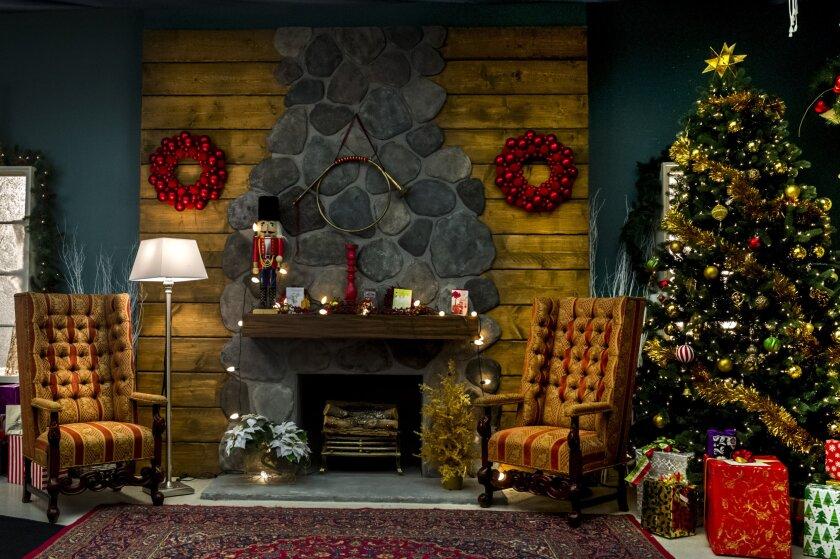 Charming_Christmas_0319