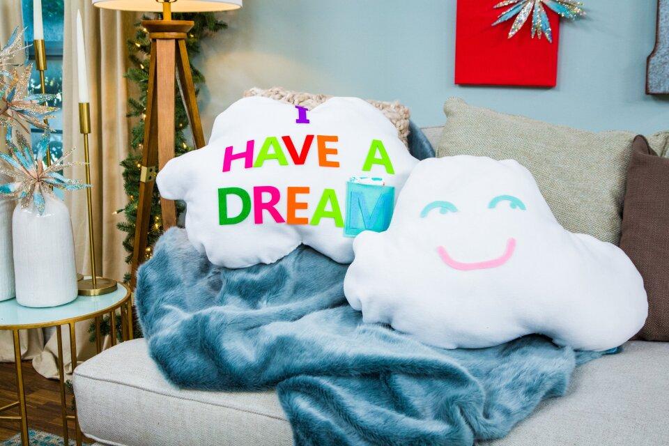 HF7082-Recap-Pillows.jpg