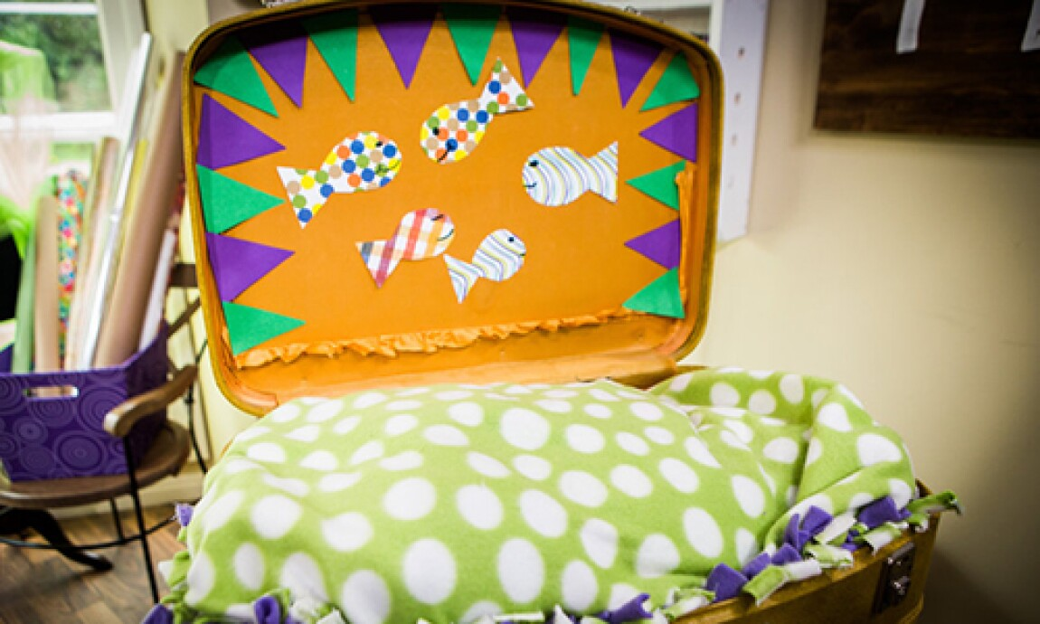 h-f-ep1132-product-cat-suitcase-bed.jpg