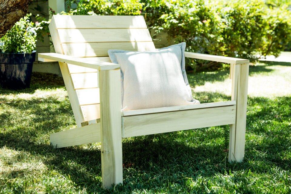hf4224-recap-chair.jpg