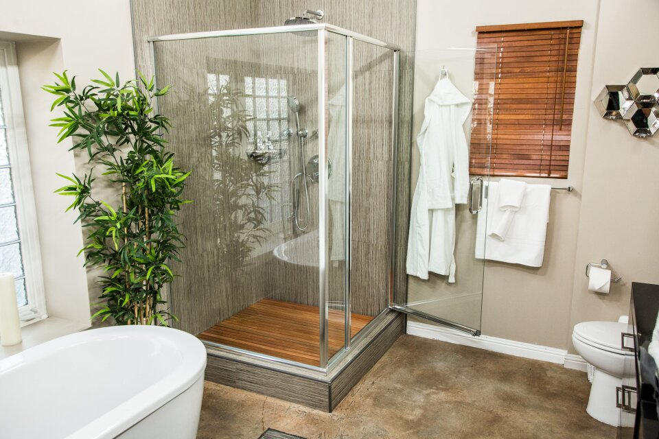 hf5122-product-shower.jpg
