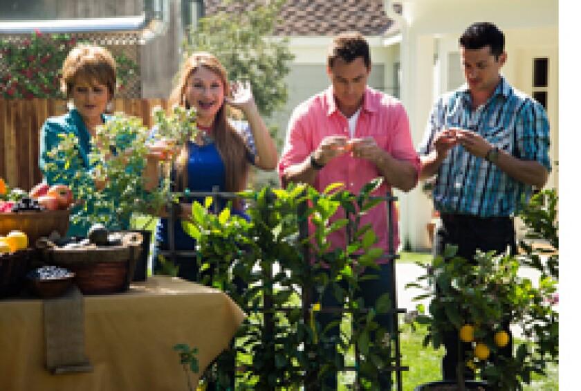 Image: http://images.crownmediadev.com/episodes/Medias/RichText/segment-shirley-bovshow-ep1118.jpg