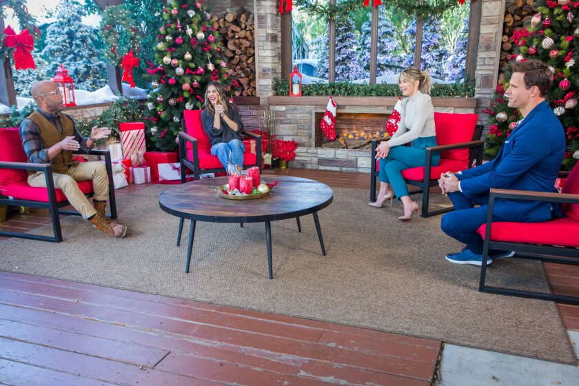 Home and Family 9046 Final Photo Assets