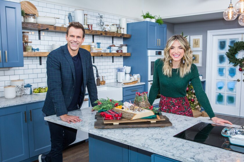 Home and Family 9067 Final Photo Assets