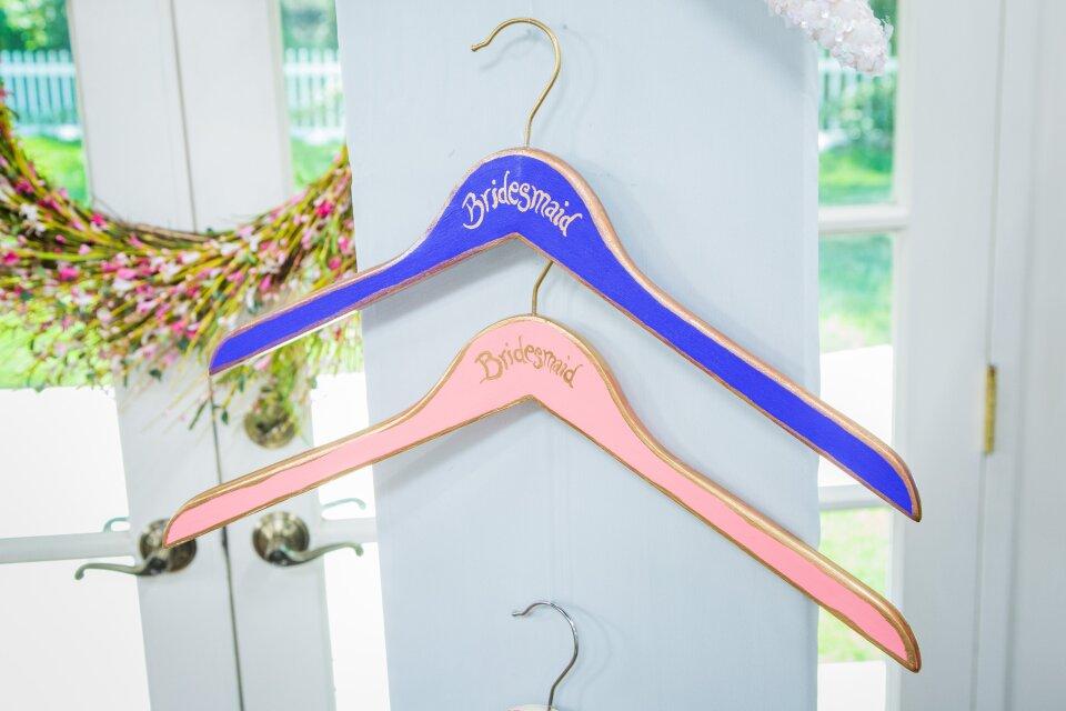 hf6191-product-hangers.jpg