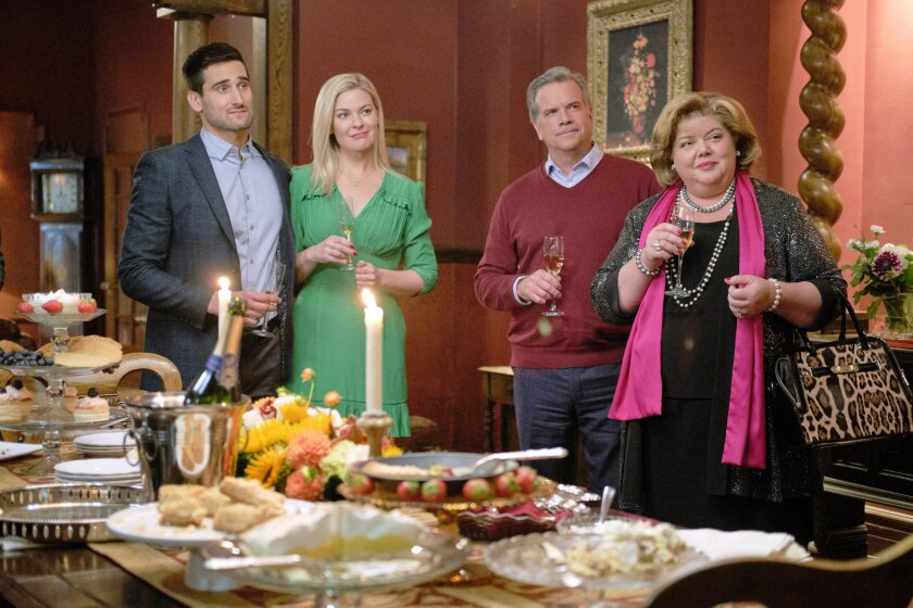 Photos from Good Witch - The Dinner - 5