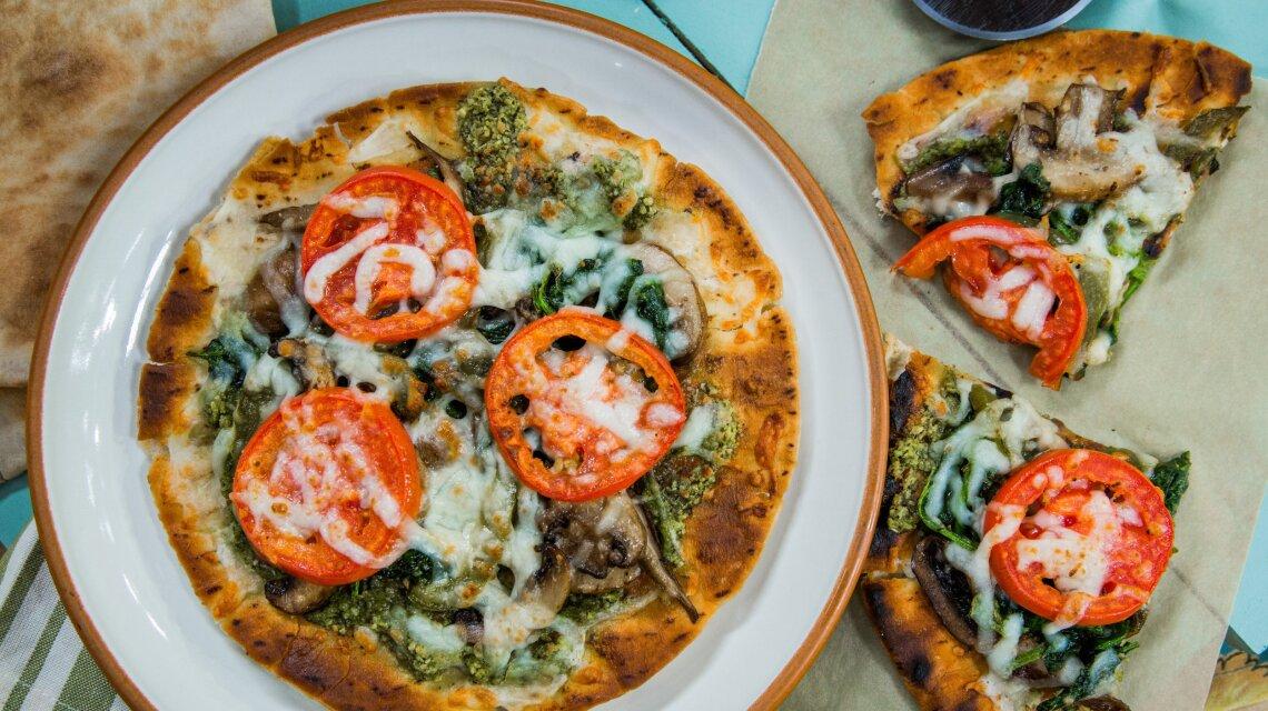 """Taste of Home"" Grilled Flatbread Veggie Pizza"