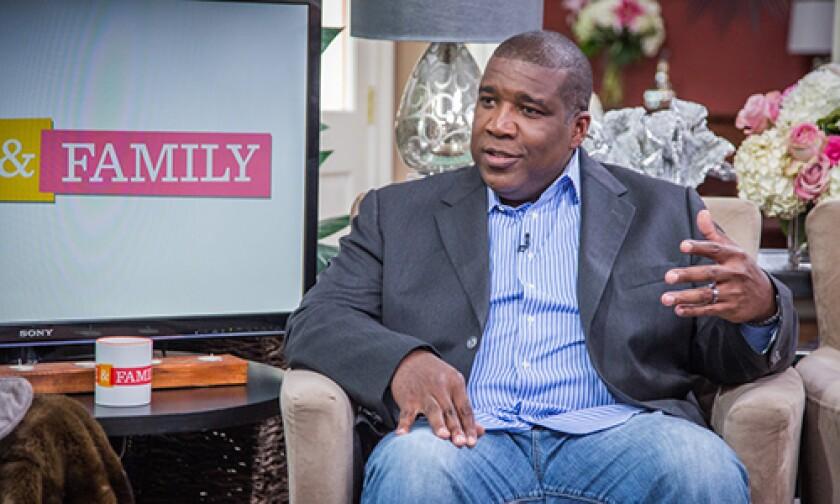 Image: http://images.crownmediadev.com/episodes/Medias/RichText/HF-Ep1193-Segment-Curt-Menefee.jpg