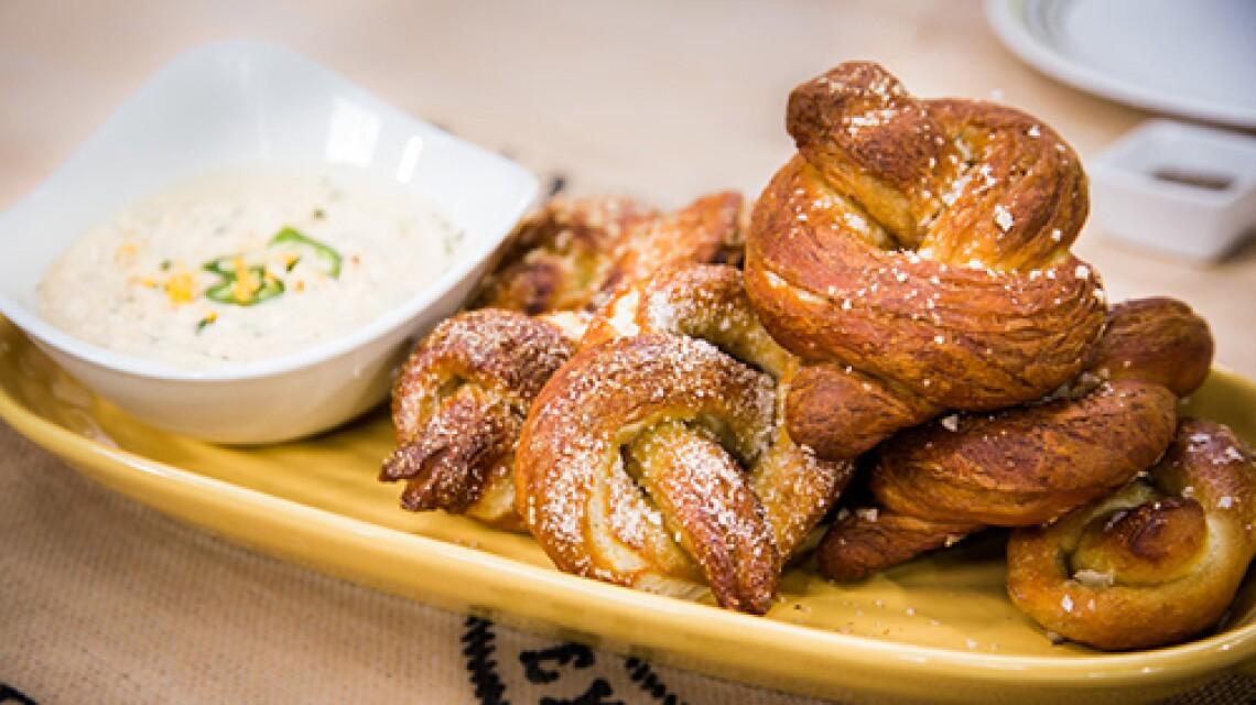 h-f-ep1139-product-pretzels.jpg