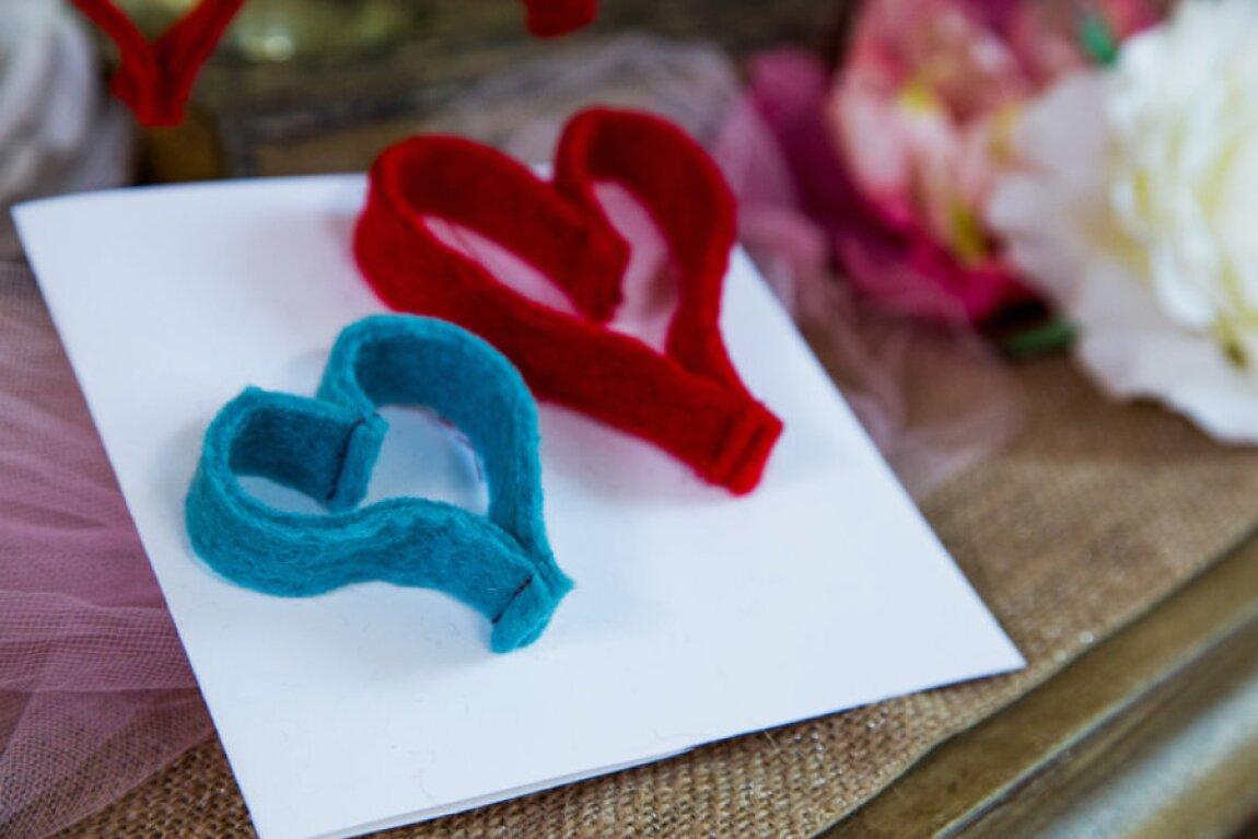 Felt-hearts-product.jpg