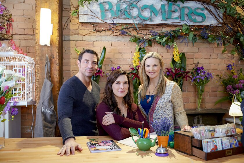 Photos from Flower Shop Mysteries: Snipped in the Bud - 11