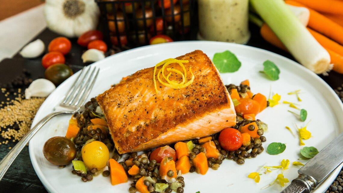 hf5223-product-salmon.jpg