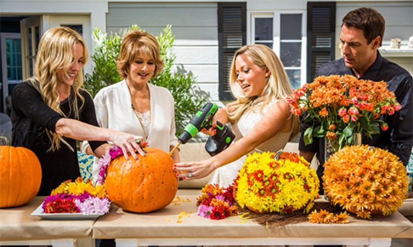 hf-ep2015-segment-flower-pumpkins.jpg