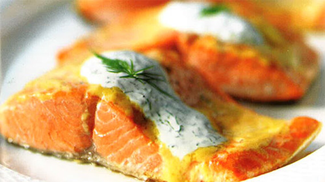 Roasted Salmon with Creamy Dill Sauce