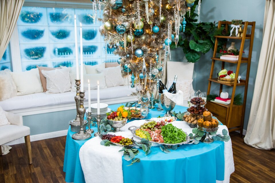 Christmas Buffet Tablescapes