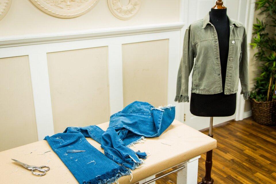 hf4096-product-jeans.jpg