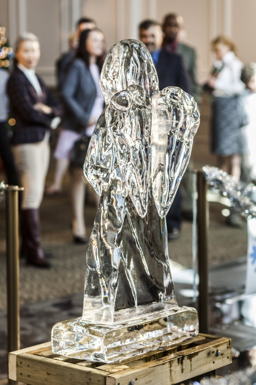 Photos from Ice Sculpture Christmas - 11