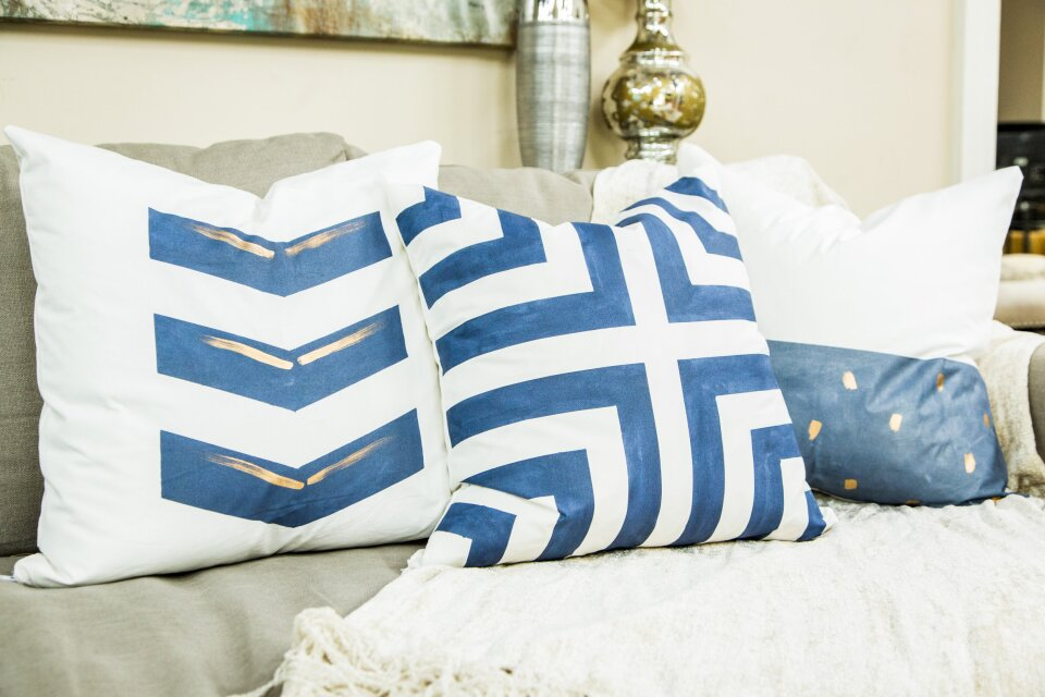 hf4158-product-pillows.jpg
